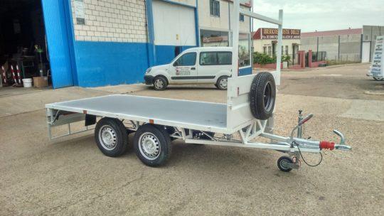 Remolques ruedas bajo chasis (21)
