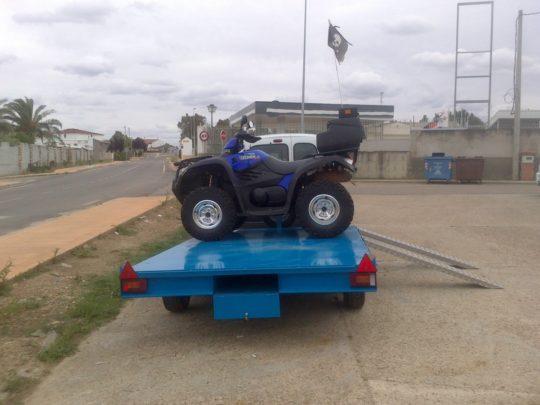 Remolques ruedas bajo chasis (3)