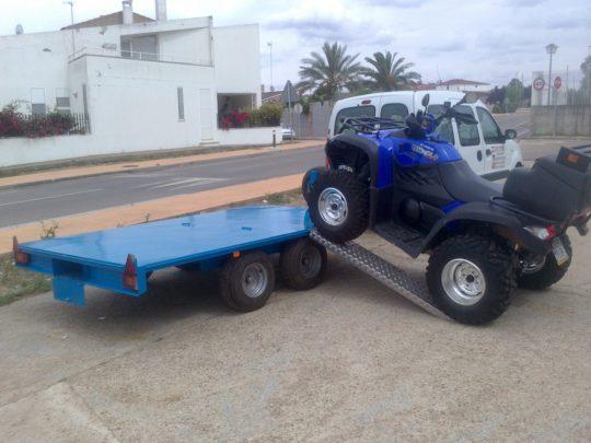 Remolques ruedas bajo chasis (7)